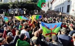 Algeriens friedliche Revolution geht weiter: Massendemonstrationen in vielen Städten gegen den neuen Präsidenten